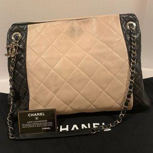 Vintage Chanel Nude/black soft calfskin tote bag